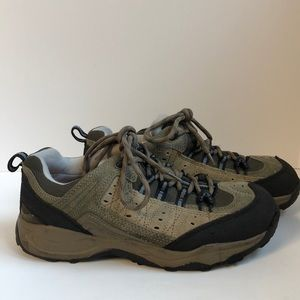 Dr Scholl's Tahoe hiking shoes with air insoles 8W